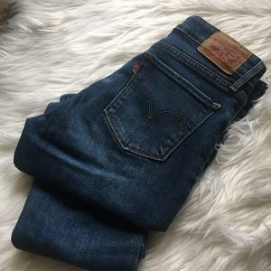 Levi's 712 Slim Crop Ankle Jeans